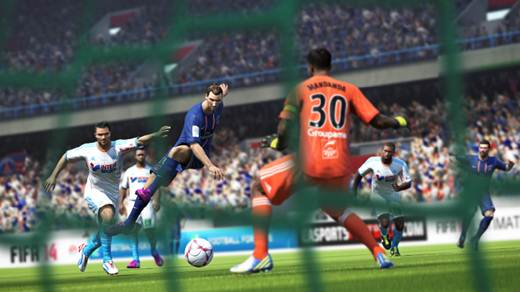 [VIDEO] FIFA 14 et ses deplacements precis