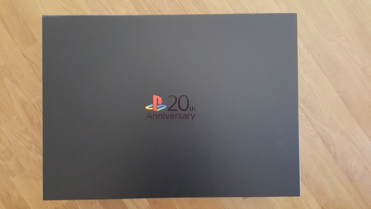PS4Collector20th-anniversary-01