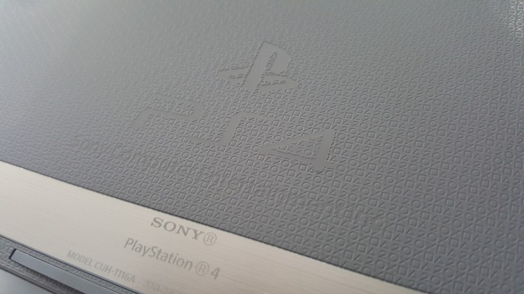 PS4Collector20th-anniversary-12