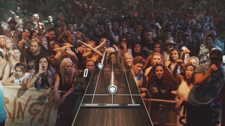GamesCom4-GuitarHeroLive