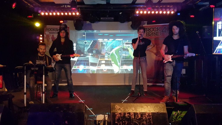 RockBand4Soiree-1