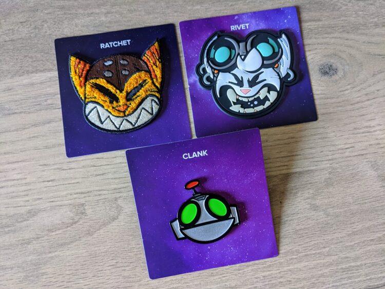 Ratchet & Clank: Rift Apart, unboxing press kit - pin's et patchs
